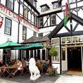 Small picture of White Lion Royal Hotel